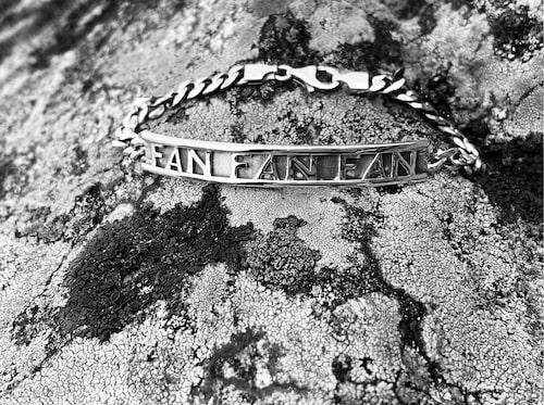 Armband av 925 sterling silver med oxiderad yta, 2 200 kr, Joakim Thåström x The Högdalen.