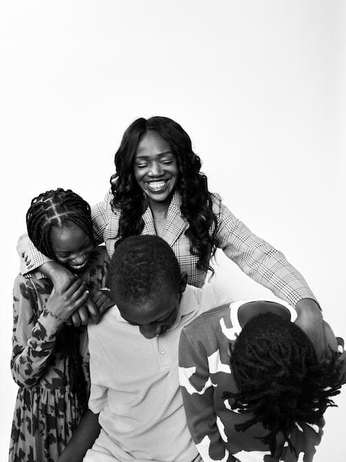 """""""Jag får en enorm glädje och styrka från mina barn, men de har också fått mig att växa upp tidigt."""""""