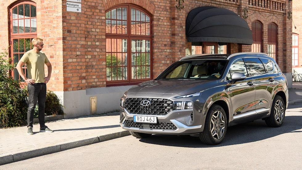 Stor, laddad och har plats för många åkande. Hyundai Santa Fe och Erik Wedberg är lika varandra på många sätt.