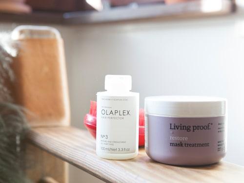 """NANNA BLONDELLS HÅRMÅSTEN. """"De här två kan jag inte vara utan när jag tvättar håret."""" Hair perfector N°3 från Olapex och Restore mask treatment från Living proof."""