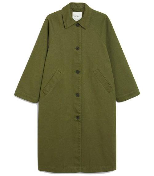Militärgrön jacka för dam.