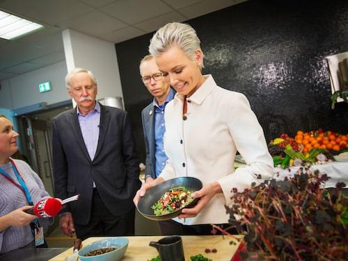 Gunhild Stordalen tillsammans med Johan Rockström och Walter Willet vid presentationen av hennes stiftelses EAT Lancet Report.