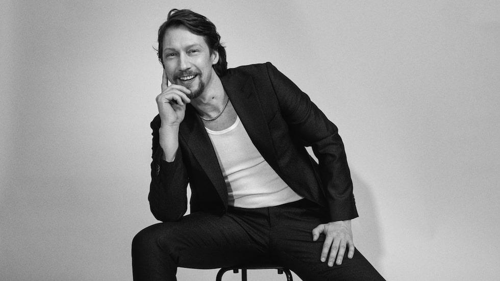 Simon J Berger är aktuell i säsong två av både Exit och Jägarna.