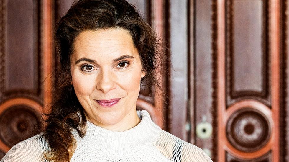 Vanna Rosenberg är aktuell med Häxorna i Eastwick.