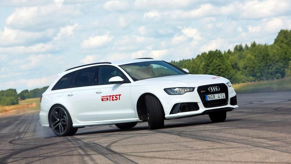 Audi RS6 Avant, här av äldre generation, är en utdöende modellversion.