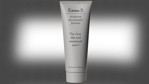 Treatment niacinamide formula, Emma S.