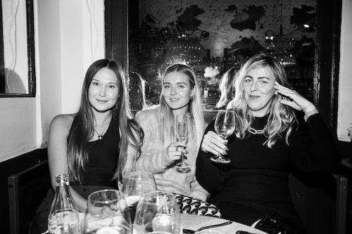 Moderedaktörerna Elina Grothén, Mikaela Hållén och Jonna Bergh.