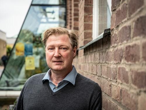 Leif Asp, materialspecialist på Chalmers, har de senaste åren forskat på kolfiber som energibärare.