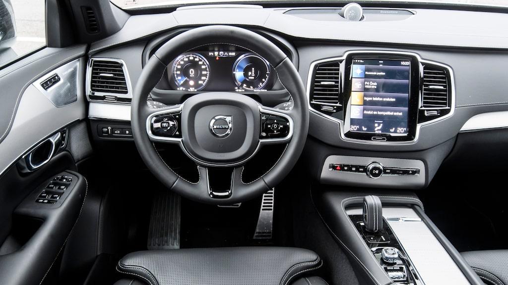 Volvo visade XC90 2014 och inredningen känns utdaterad. Sköna stolar.
