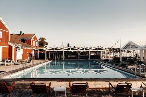 Sandhamn Seglarhotell är en pärla i Stockholms skärgård.