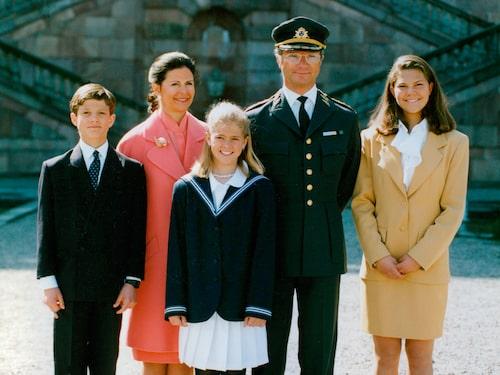 Kungafamiljen firar kung Carl XVI Gustafs 47-årsdag, 1993.