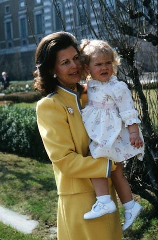 Prinsessan Madeleines ljuvliga stilresa – från då till nu