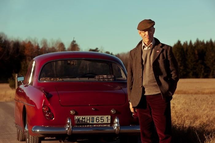 Håkan Wikström har länge vurmat för engelska bilar, men Bristol är något speciellt. Han var egentligen på jakt efter en nyare Bristol, men föll för sin 407:a när han såg det fantastiska skicket.