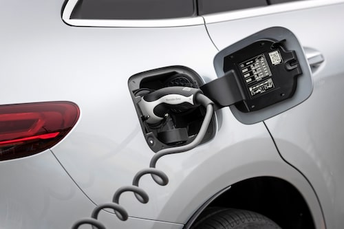 I framtiden får man förbereda sig på att ladda sin Mercedes.