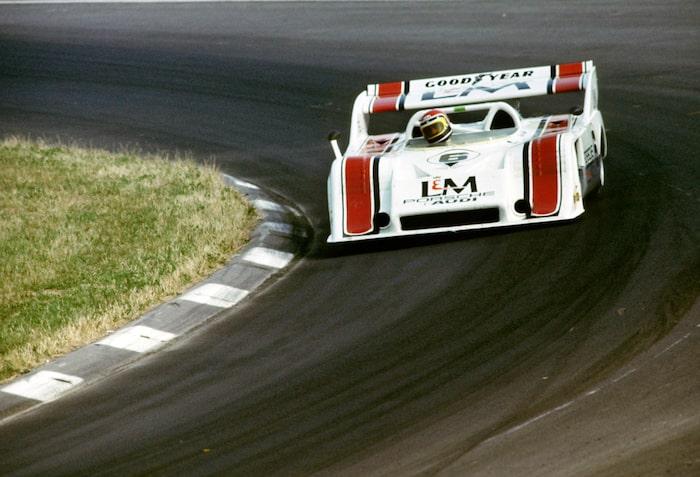 917/10 Debuterade på Watkins Glen i juli 1971 med 5-litersmotor utan turbo – för långsam. 16-cylindriga? För långsam. Istället turbomatades 4,5- och 5-litersmotorn, första testerna kördes 11 januari 1972. Porsche 917/10 vann sex av tio lopp 1972 och George Follmer kröntes Can-Am-mästare. Bensintank på 330 liter.