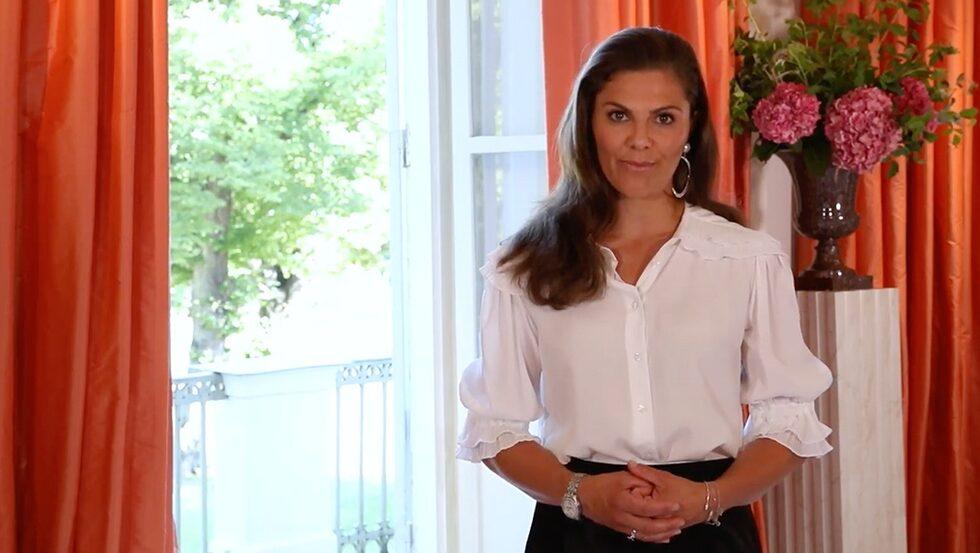 Kronprinsessan Victoria inledde Stockholm Fashion Week med ett starkt tal om hållbart mode.