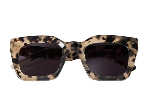 Solglasögon från Carin Wester.