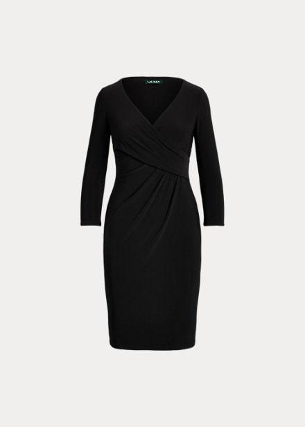 Svart klänning från Ralph Lauren.