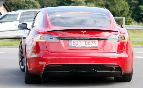 """Inga R-däck som senast, däremot Michelin Pilot Sport 4 S som är framtagna för att kunna hantera viss bankörning. Bilen får därmed ses som """"standard""""."""