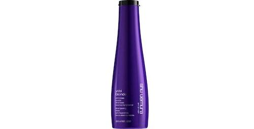 Recension på Yubi blonde anti-brass purple shampoo från Shu Uemura.