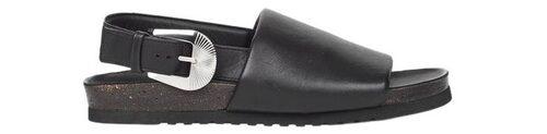 Snygga fotriktiga sandaler med metallspänne.