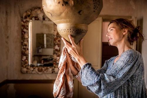 Marie Olsson Nylander inreder sitt Italienska palats i SVT:s Husdrömmar Sicilien.