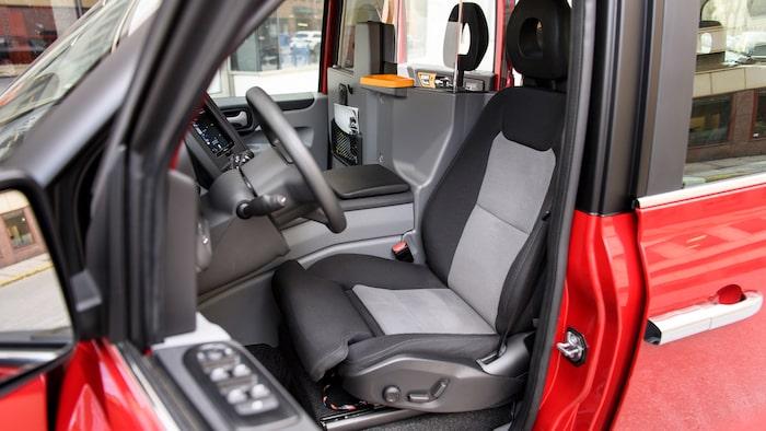 Undantaget huvudstödet är det i princip en Volvo-stol föraren får ta plats i.