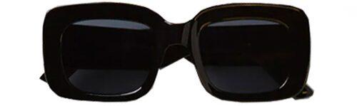 Rektangulära solglasögon från Gina Tricot. Klicka på bilden och kom direkt till plagget.
