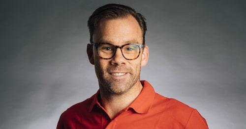 Teknikens Värld med testreporter Linus Pröjtz i spetsen avråder från köp av Toyota RAV4 Laddhybrid till dess att bilmodellen är åtgärdad och problemfri.