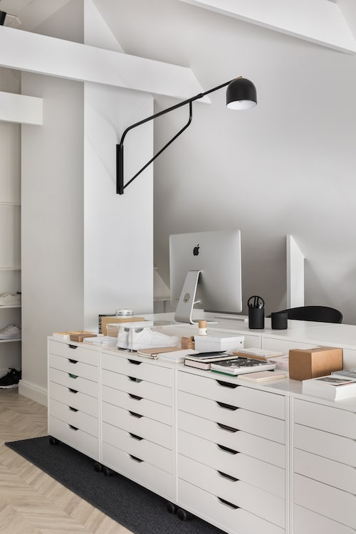 Vita hurtsar från Ikea, lampa, Pholc.