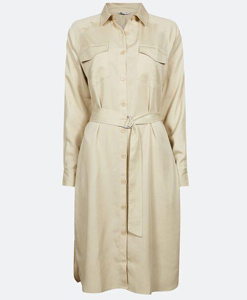 Skjortklänning från Cubus med knappar fram. Klicka på bilden och kom direkt till klänningen.