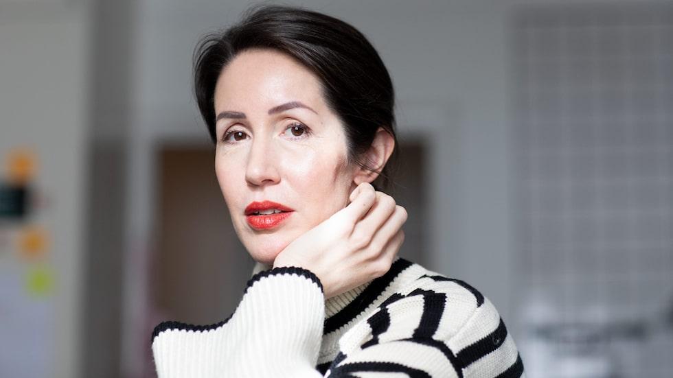 """Clara Törnvall, som skrivit boken """"Autisterna – om kvinnor på spektrat"""", har själv diagnosen autism."""