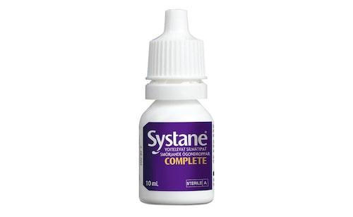 Glöm inte att stoppa ner Systane® COMPLETE smörjande ögondroppar i handväskan. Dropparna lindrar alla typer av torra ögon och ger lindring i upp till åtta timmar.