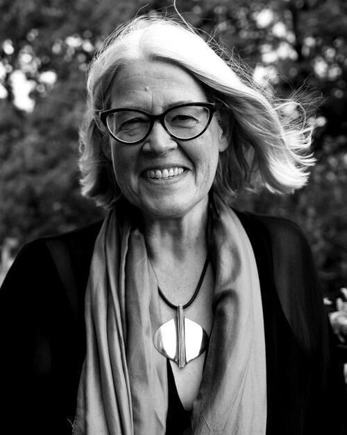 Kulturskribenten Ulrika Knutson är aktuell med en bok om svensk kvinnohistoria: om författaren och feministen Elin Wägner.