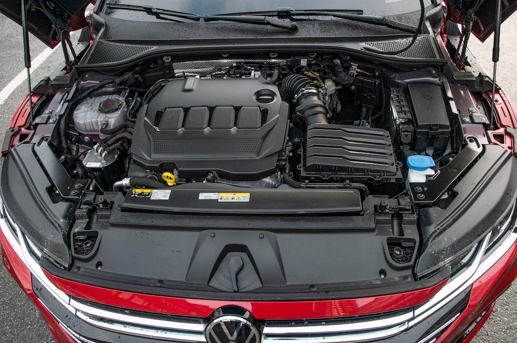 Provbilen har fyrcylindrig diesel på två liter och 200 hästkrafter. Går hyfsat snålt.