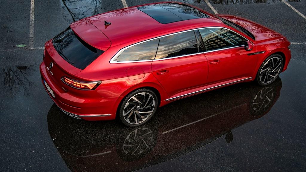 Kul att Volkswagen faktiskt lanserar Shooting Brake. Kommer inte bli en storsäljare, men väl en image-produkt.