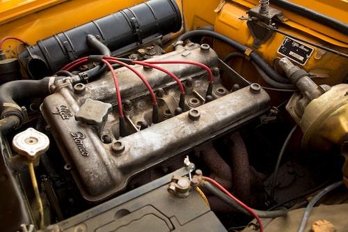 Dubbla överliggande kamaxlar och aluminiumblock var något som positionerade Alfa Romeo i sin egen klass på 1960-talet. Motorn kom från Giulia TI.