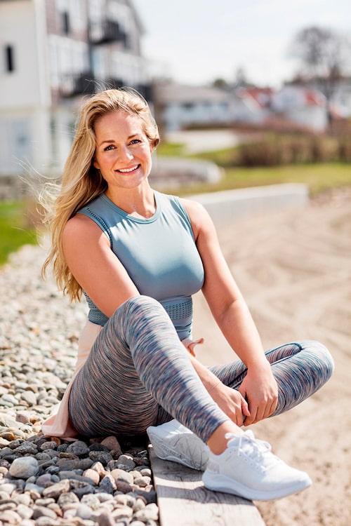 Annema Refsnes är en norsk kändistränare och hudvårdsjunkie.