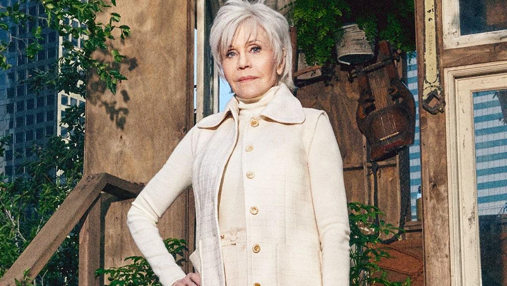 Jane Fonda, 82, i Guccis första Circular Lines-kampanj.
