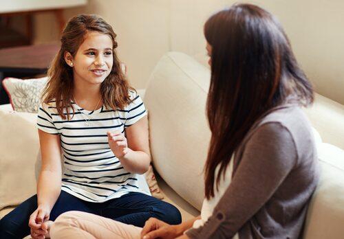 Låt barnen visa sina känslor och säga vad de tänker på, på det sättet bekräftar du dem och visar att deras tankar är viktiga.