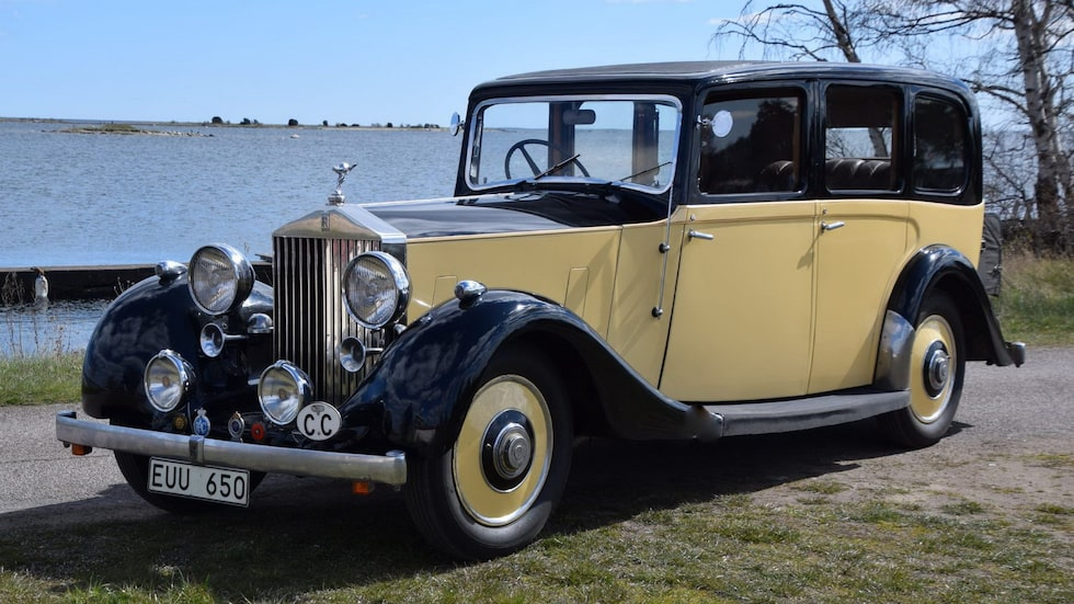 En Rolls-Royce 25/30 HP från 1936 ska gå under klubban i Sverige.