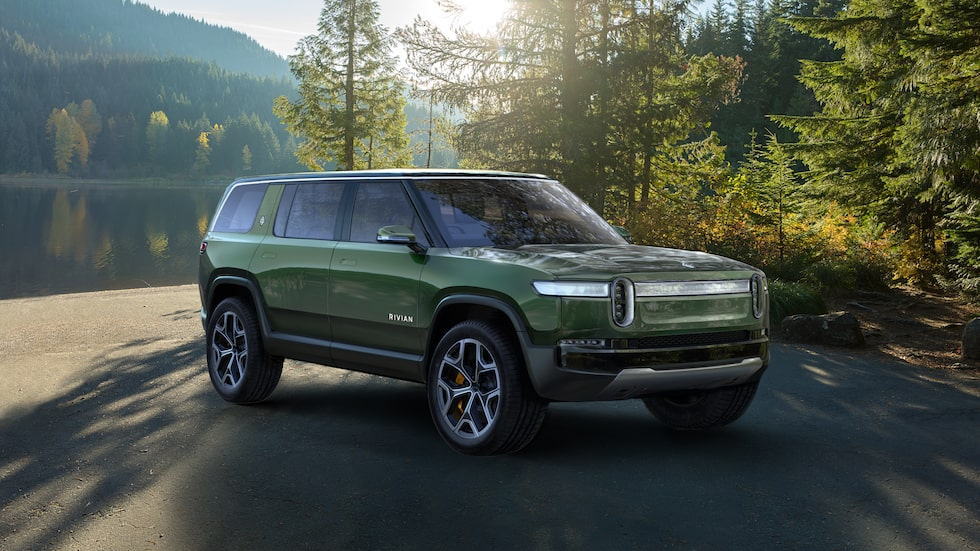 En suv är en av tre nya bilar som inom kort kommer från Rivian Automotive.