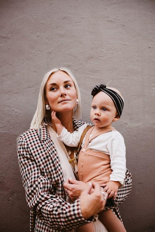 Fotograf Ebba Barkenbom med dottern Ingrid.