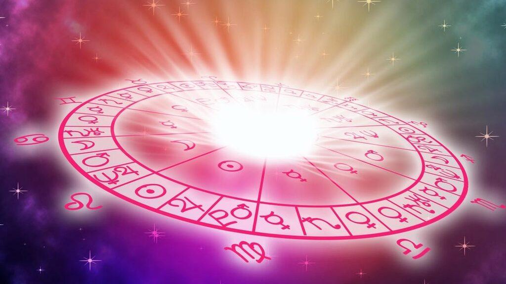 Fredagen den 28/2 blir gränsen mellan kärlek och tillfällig attraktion ganska oklar för många stjärntecken..