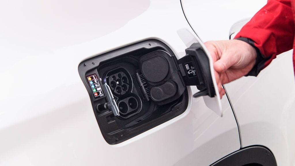 CCS-kontakten ger snabbladdning på 150 kW.