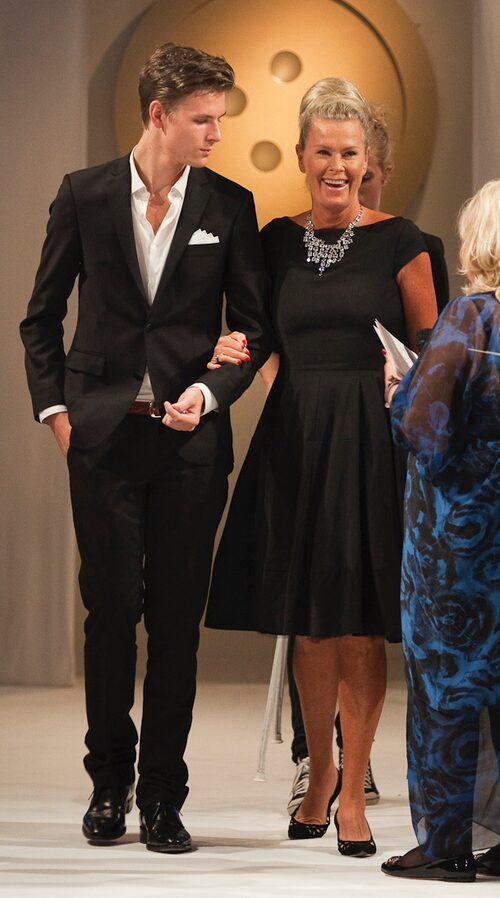 På Damernas Värld Guldknappen 2010, då Efva Attling vann Guldknappen Accessoar.