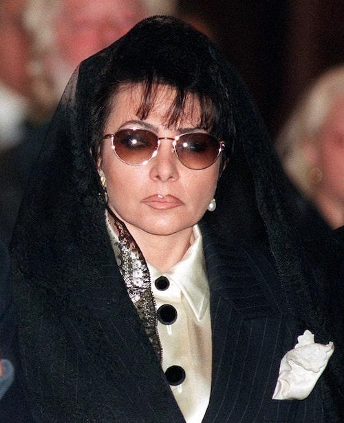 Patrizia Reggiani på makens begravning, strax innan hon dömdes för mordet.