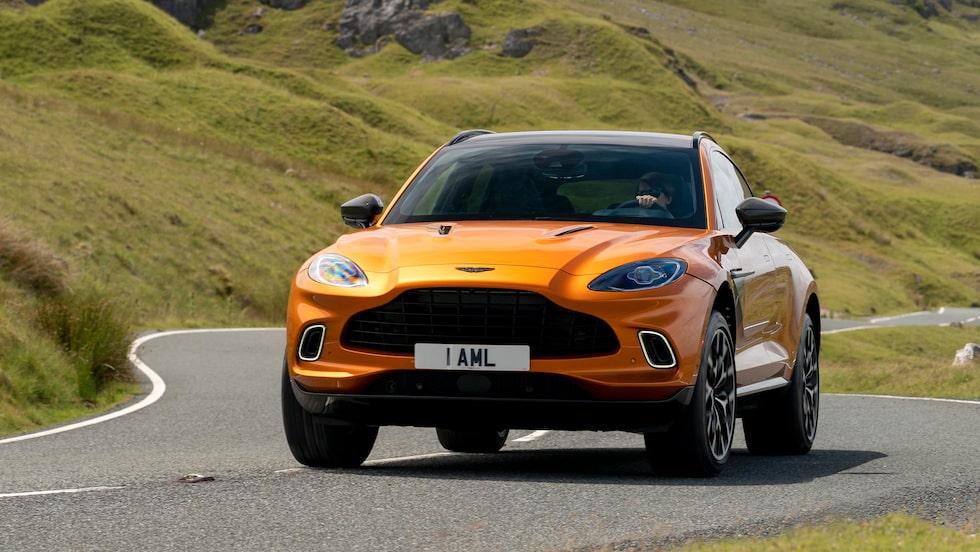 Receptet på att nå framgång är tydligen att klämma in en suv i modellutbudet. DBX heter Aston Martins högbygge.