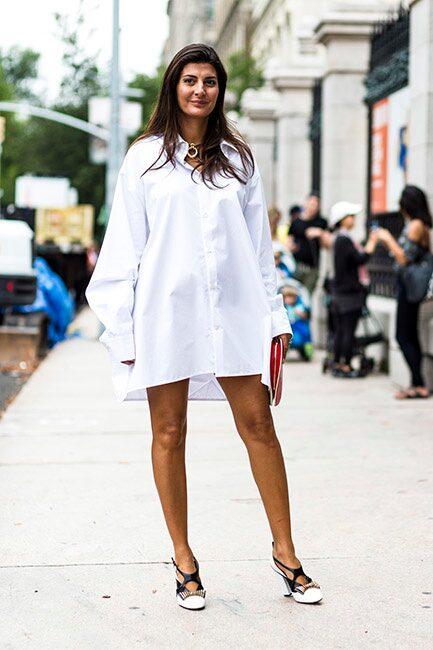 Skjortklänningen slår aldrig fel – och passar perfekt till midsommar. Matcha med sandaler och du är redo för högtiden!