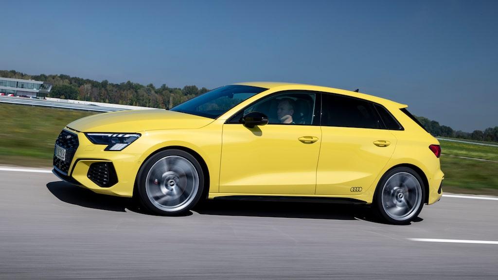 Nya Audi S3 Sportback sticker inte riktigt ut ur mängden, bortsett från pippigula karosskulören.